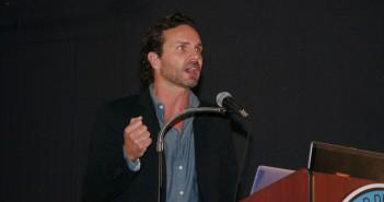 Dr. Aron Doring