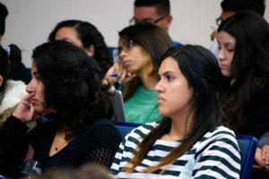Asistentes-a-la-conferencia-de-Tavárez-Mirabal
