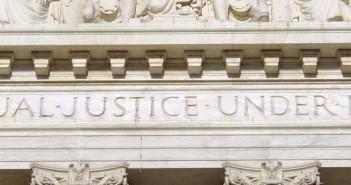 Profesor de la UPR-RP reacciona a decisión del Supremo sobre matrimonio gay