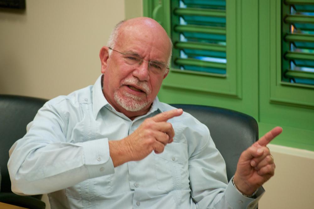 Dr. Roamé Torres, Decano de la Facutlad de Educación