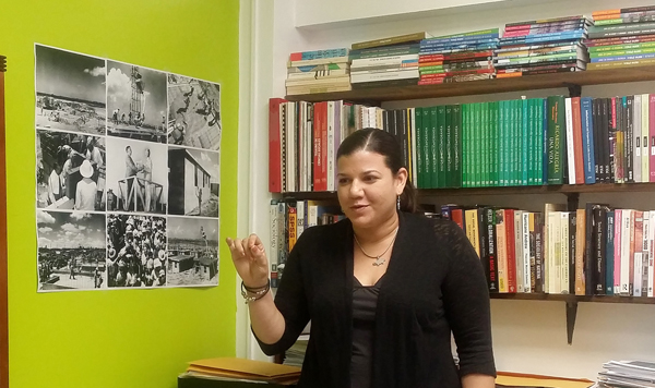 Prof. Jenniffer Santos