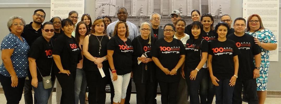 Inauguran exhibición 100 años de la Oficina del Registrador en la Biblioteca Lázaro