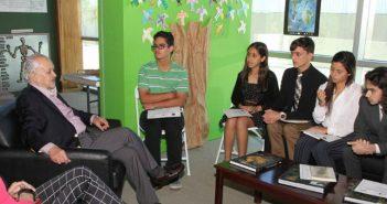 Estudiantes de la UHS demuestran su compromiso con las ciencias