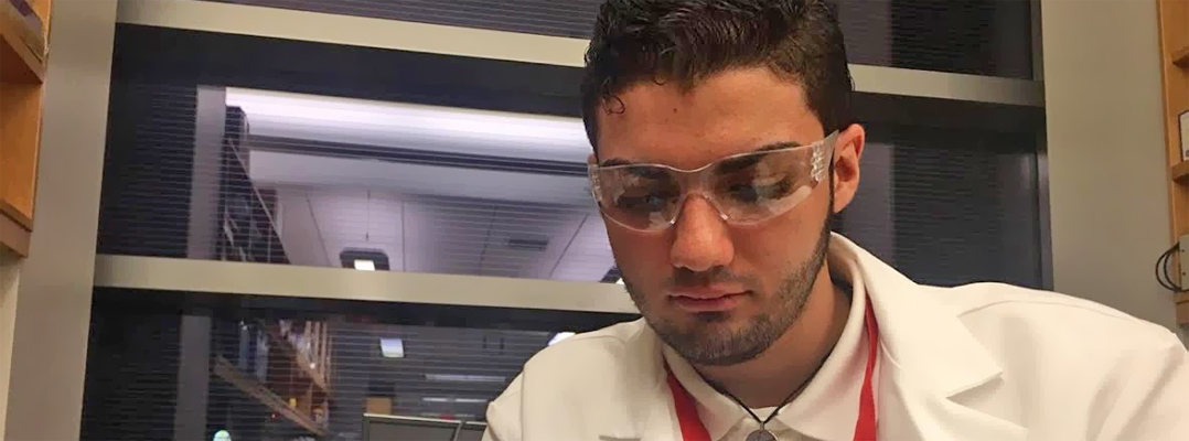 Cautivadora experiencia en investigación química para estudiantes de escuela superior