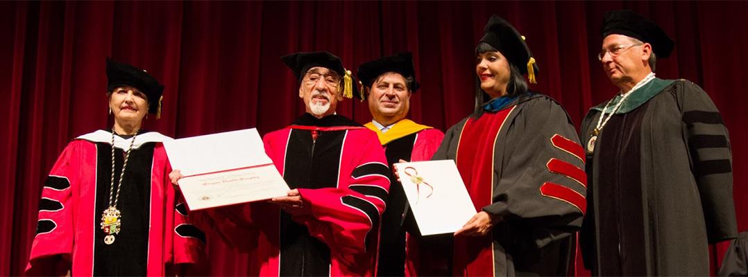 """Gregorio """"Goyo"""" Acevedo recibe Doctorado Honoris Causa"""