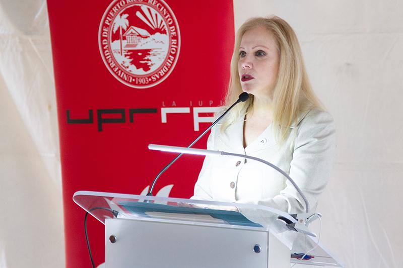 Nydia Fernández, vicepresidenta de Asuntos Académicos