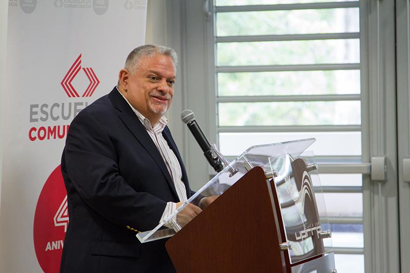 Dr.-Eliseo-Colón-Zayas.-Profesor-COPU
