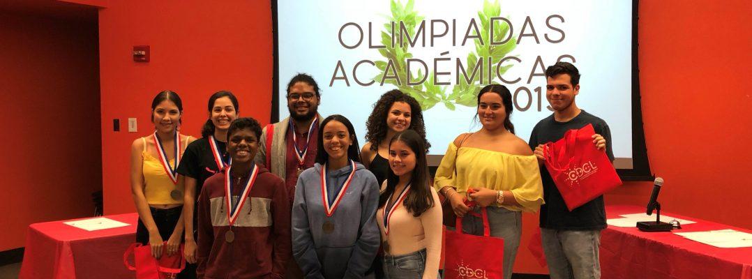 Estudiantes de copu con sus medallas