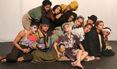 Teatro Rodante Universitario estrena la obra Antígona… ¡para siempre!