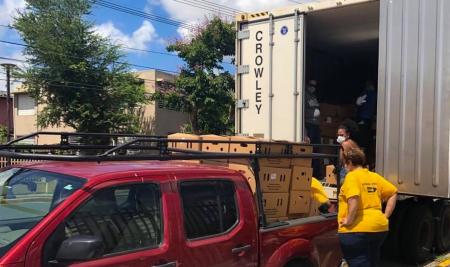 El Recinto de Río Piedras de la UPR facilita entrega de alimentos a estudiantes graduados del campus y a la comunidad de Río Piedras