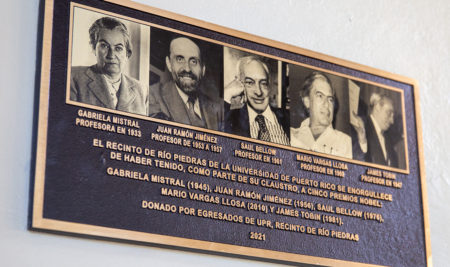 El Recinto de Río Piedras de la Universidad de Puerto Rico rinde tributo a los galardonados con el Premio Nobel que han sido parte de su claustro