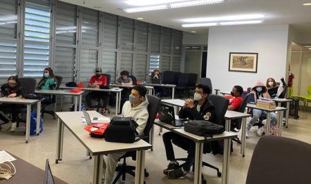 Estudiantes de escuela superior participan de la Academia Nacional Sabatina de STEAM