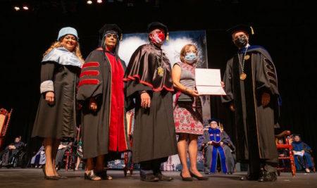 El Recinto de Río Piedras de la Universidad de Puerto Rico gradúa unos 2,600 estudiantes